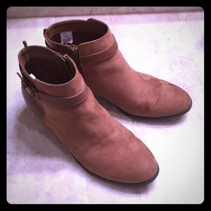 Camel Brown Boots 9